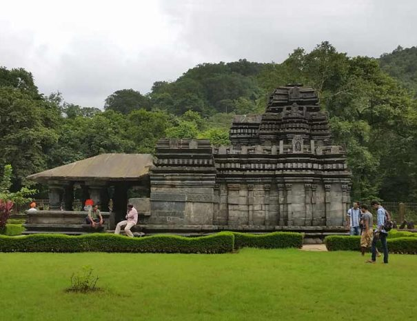 12th-century-Mahadev-Temple-Tambdi-Surla