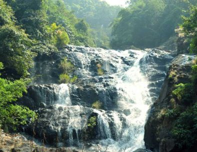 Tambdi-Surla-Waterfalls-Trekking-Package-Goa