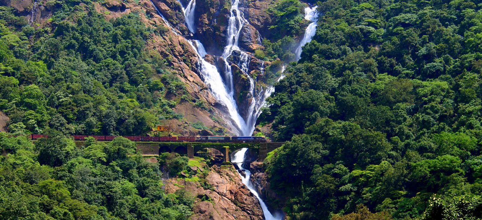 Photo: dudhsagar-waterfall, Goa (India)